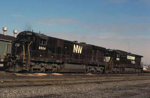 NW GE C36-7 #8504