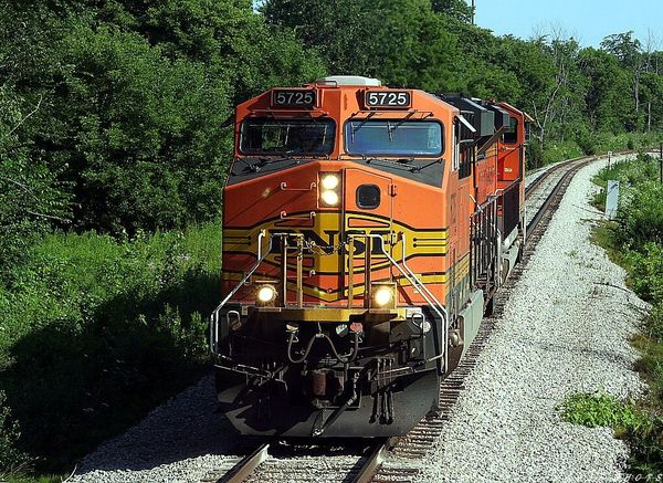 BNSF 5725 Riverview