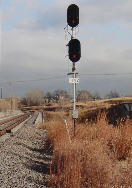 NB block signal  on BNSF/UP joint line.