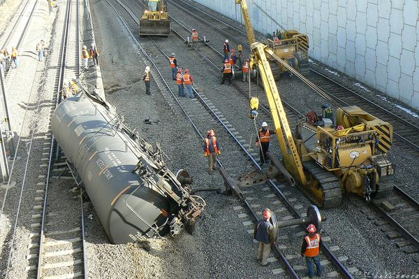 Derailed tanks in Littleton, CO