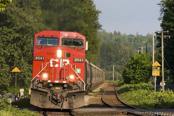 CN 671 at speed